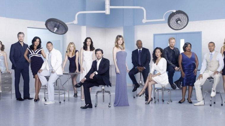 the cast of Grey's Anatomy. Image curtsey of ABC.