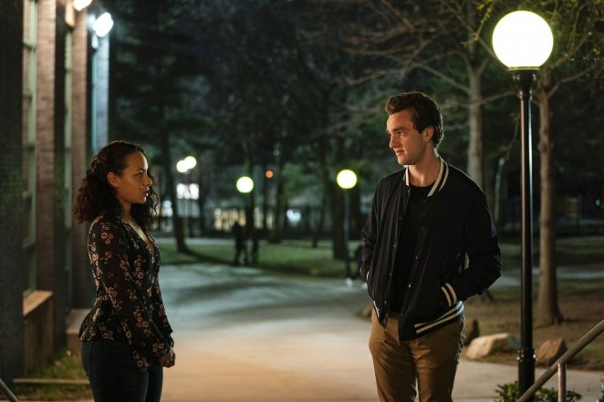 Chloe and Brendan have a talk on their way back to Brendan's dorm