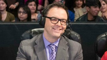 Mauro Ranallo at the WWE announce table