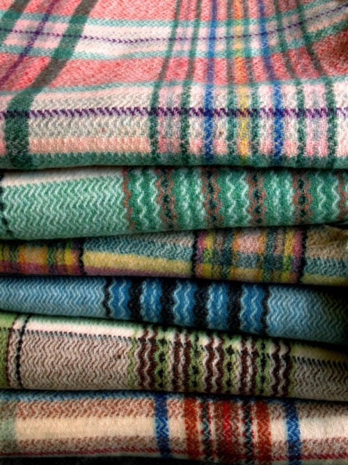 oncewasengland:</p><br /><br /><br /><br /> <p>Selection of vintage 1950's woolen blankets (seen at Wells Antiques Fair)<br /><br /><br /><br /><br />