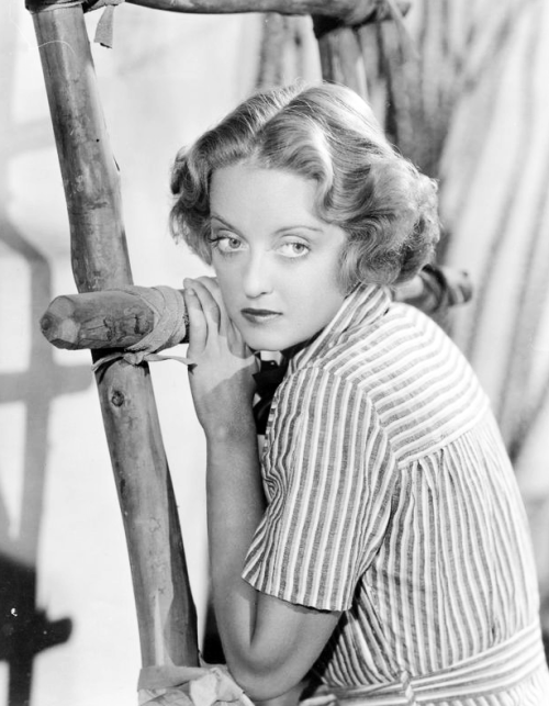 Bette Davis, 1930