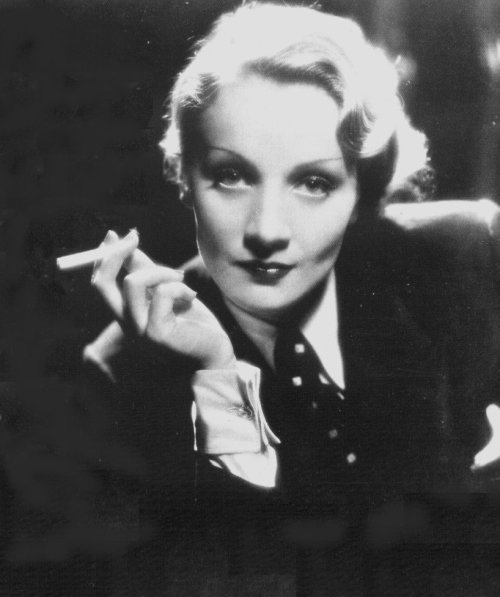 Marlene Dietrich, 1930s, photo by Eugene Robert Richee
