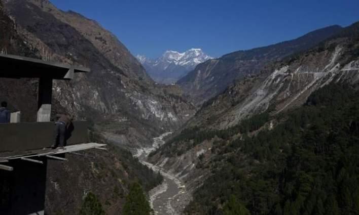 ارتفاع حصلية ضحايا الانهيار الجليدي في الهند إلى 62 قتيلا
