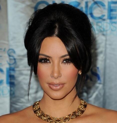 Get Kim Kardashian's Flawless Make Up | spicyfashionbunny