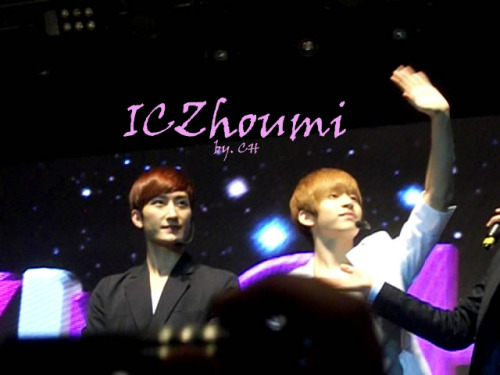 Korean Idols Music Concert Hosted in Indonesia 5 credit ICZhoumi photo by CH TAKE OUT FULL CREDIT :)