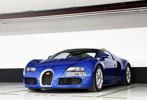 You and i will be in love sooner than you think Starring: Bugatti Veyron Grand Sport (by Pixelklinik)
