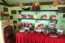 Inside Mrs. Claus' Kitchen