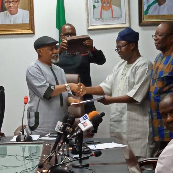 """""""FG didn't promise to pay lecturers before ASUU strike is called off.""""- Chris Ngige blasts ASUU President"""