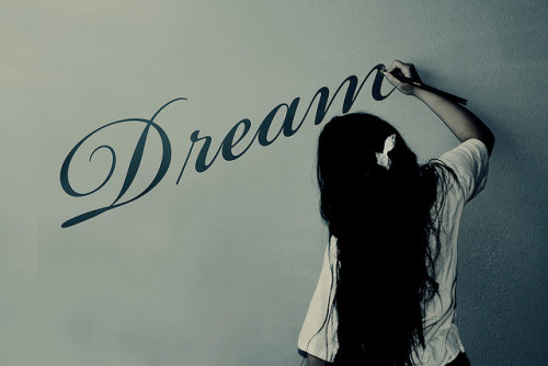 atelovebunso:  A Dream Is A Wish Your Heart Makes& (by JessicaOssa {Sunshine Photography})