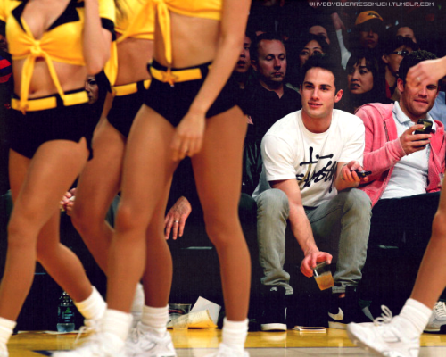 whydoyoucaresomuch:  Michael Trevino at the Lakers Game (with his Dad, according to his twitter) - February 22nd Pictures here.