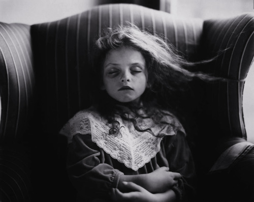 melisaki:  Black Eye photo by Sally Mann, 1991