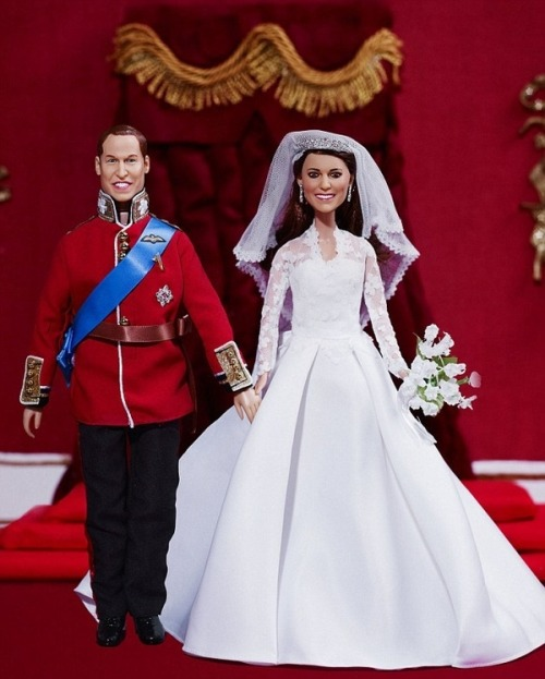 These are just some good dolls of Prince William & Princess Katherine that I think are very flattering and certainly not terrifying by any means. You should buy 6 dozen for your daughter/girlfriend/serial murderer friend.