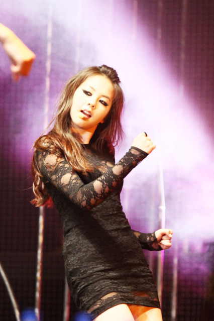wonderfulsworld:  Sohee! <3 source: MTV World Stage & MTV Asia