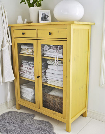I think a piece of yellow furniture should live in our home.