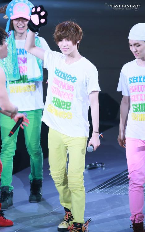 Cutie Taemin @ Japan Arena Tour_Nagoya Day 2120504 shineetown:  [HQ] 120504 Jonghyun Onew Taemin Key @ Japan Arena Tour Nagoya Day 2 Credit: Last Fantasy