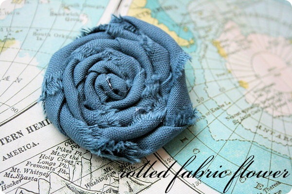 rolled fabric flowers  tutorial    Jones Design Company IMG 0987 1
