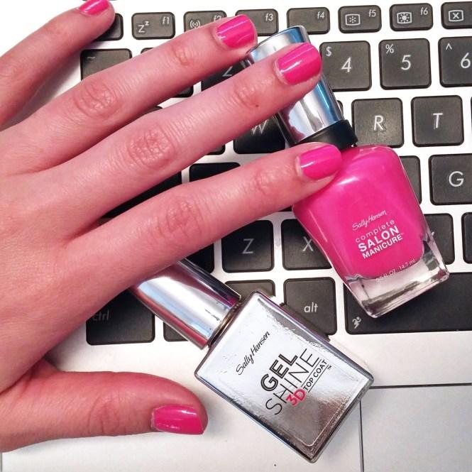 Regular Manicure With Gel Polish Zoom Image