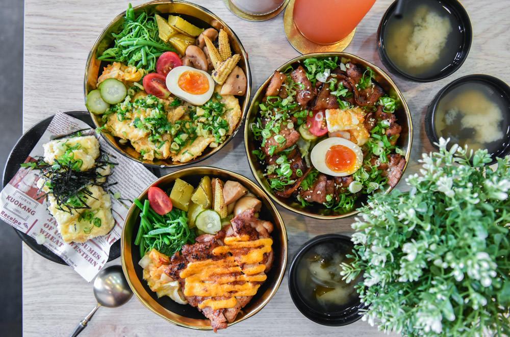 拿筷The Quiet:台中西區美食-飽足感十足,口味多元的日式丼飯