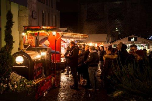 Un cornet de marrons au Marché de Noël de Rouen