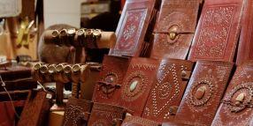 Articles et accessoires en cuir au Marché de Noël de Rouen