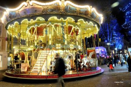 Un carrousel pour petits et grands au Marché de Noël de Rouen