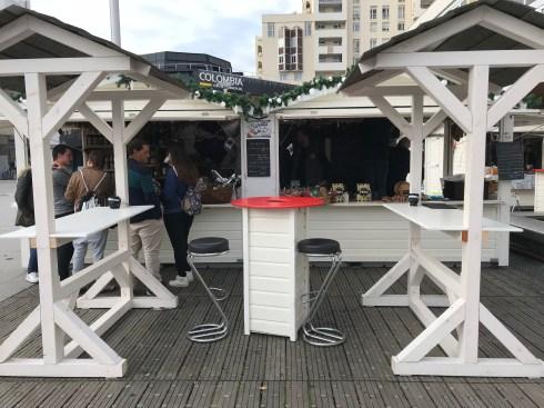 Espace de convivialité sur le marché de Noël de Rennes