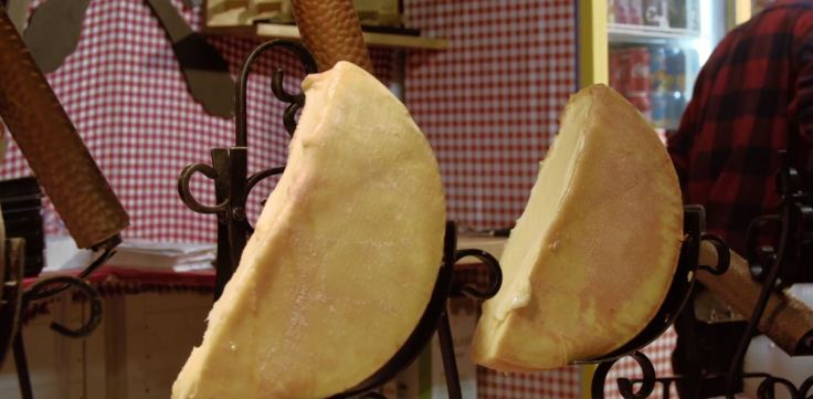 Raclette et spécialités de Savoie au Marché de Noël de Rouen