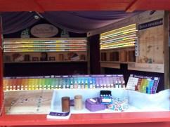 Chalet vendant des huiles essentielles sur le Marché de Noël d'Angers