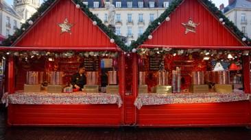 Chalet du vin chaud sur le marché de Noël de Nantes