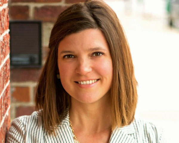 Melanie Dixon