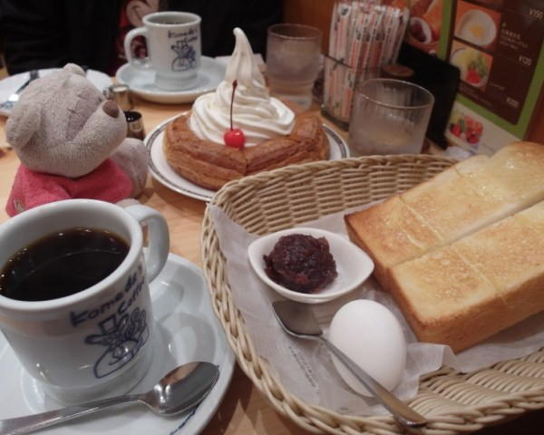 Komeda's Coffee Toast Set and Croissant Pancake with ice cream