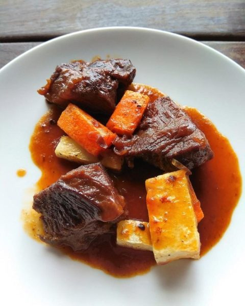 Slow Cooked Beef Cheek at The Pelican Sunday Brunch
