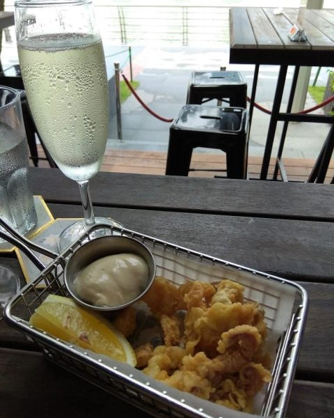 The Pelican Sunday Champagne Brunch Review Salt & Pepper Calamari