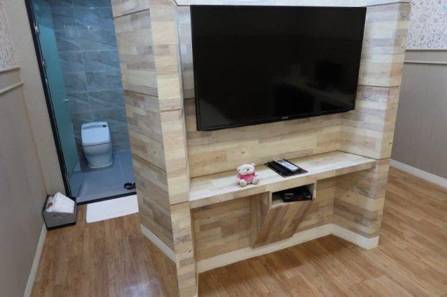 Home Hotel Busan Huge TV