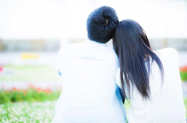 Takebe-Finds-a-Boyfriend-Pakutaso-3.jpg