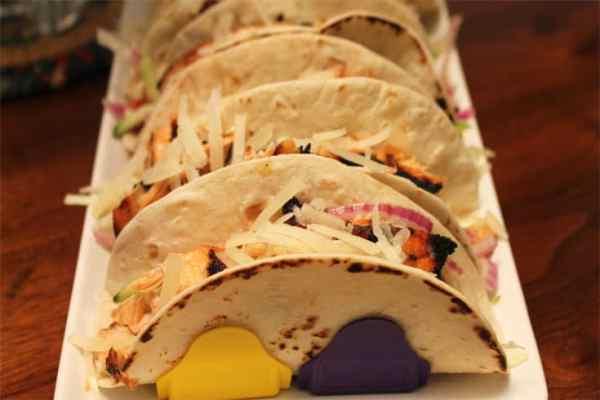 Grilled Fish Tacos closeup | 2 Cookin Mamas
