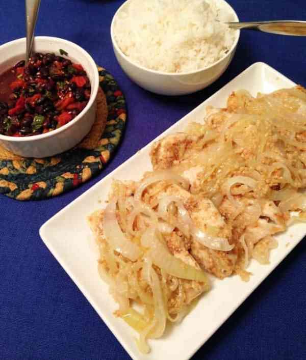 Pechuga a la Plancha Cuban Chicken with sides|2CookinMamas