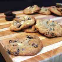 Cookies and Cream Cookies square | 2 Cookin Mamas