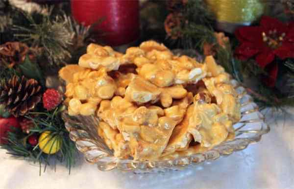 Microwave Peanut Brittle 1 | 2 Cookin Mamas