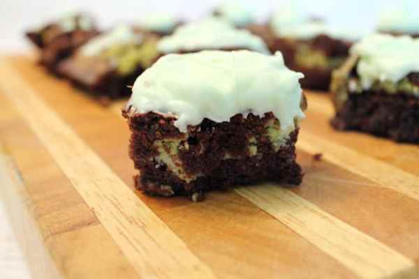 Key Lime Brownies closeup | 2 Cookin Mamas