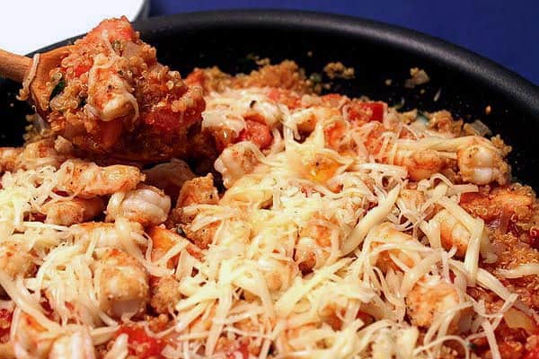 Cajun Shrimp and Quinoa Skillet closeup | 2CookinMamas
