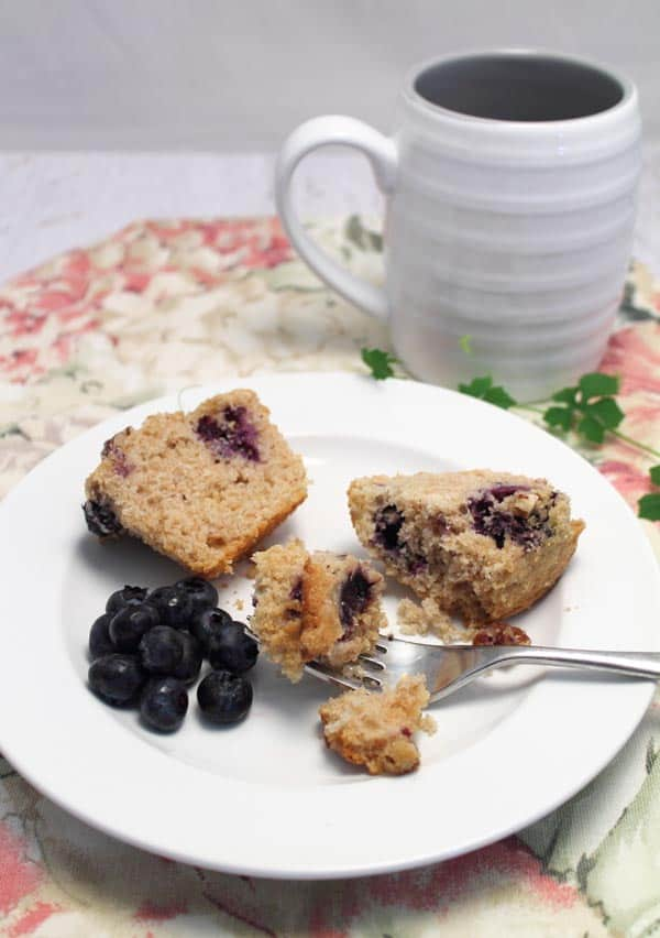Blueberry Streusel Muffins breakfast|2CookinMamas