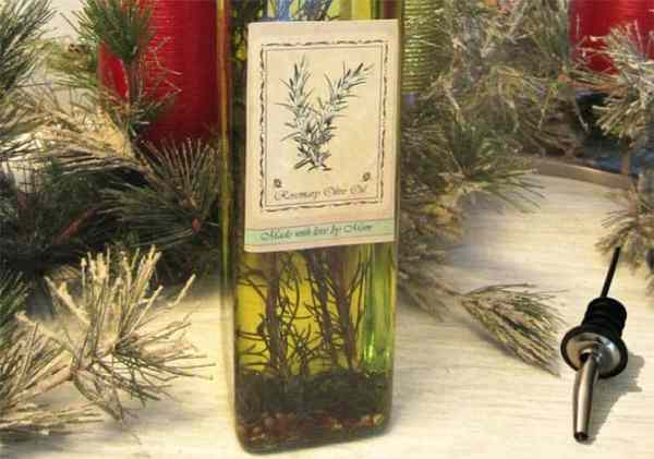 Rosemary Olive Oil close up|2CookinMamas