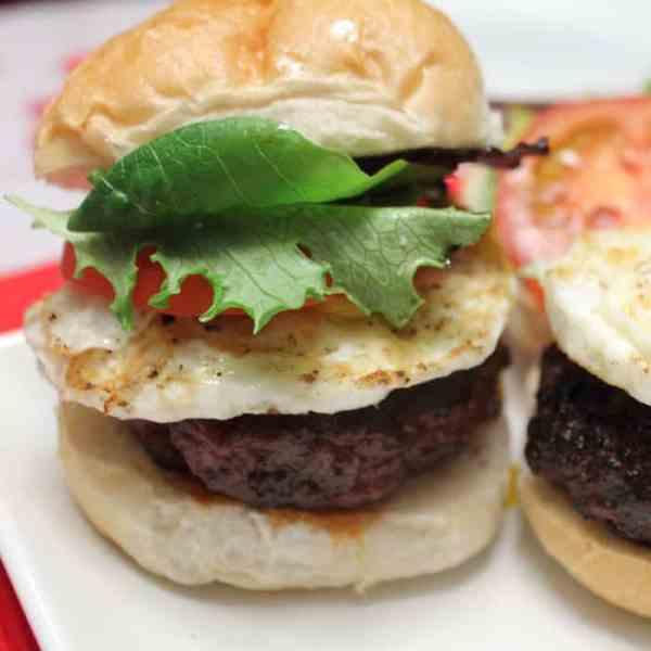 Chorizo and Beef Burgers square|2CookinMamas