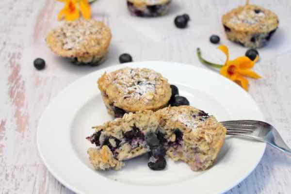 Blueberry Oatmeal Muffins 2|2CookinMamas