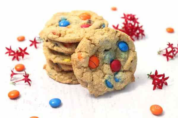M&Ms Chocolate Chip Cookies 1|2CookinMamas