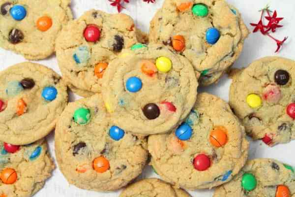 M&Ms Chocolate Chip Cookies 2|2CookinMamas