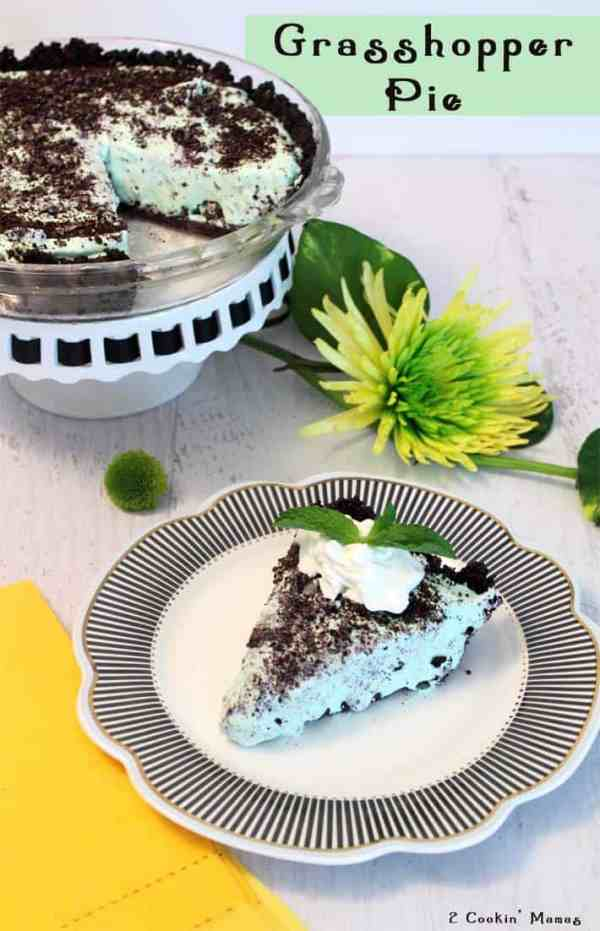 Grasshopper Pie | 2 Cookin Mamas - Easy, creamy and ice cold frozen treat that's perfect for summer! Oreo crust, marshmallow & mint cream filling with a few extra cookies sprinkled in will win anyone over. #recipe #dessert #pie