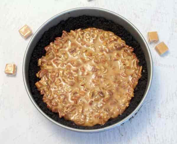 Salted Caramel Pecan Chocolate Pie caramel pecan layer | 2 Cookin Mamas