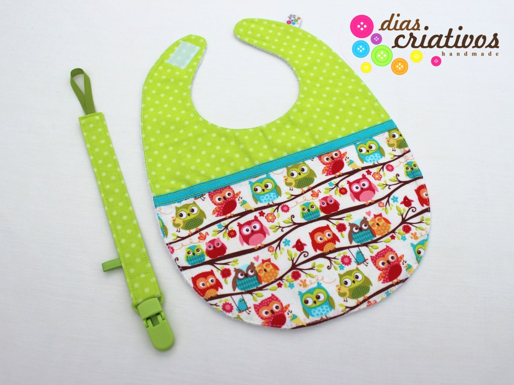 Babetes e Fitas Chucha / Baby bibs and Pacifier holders (3/5)